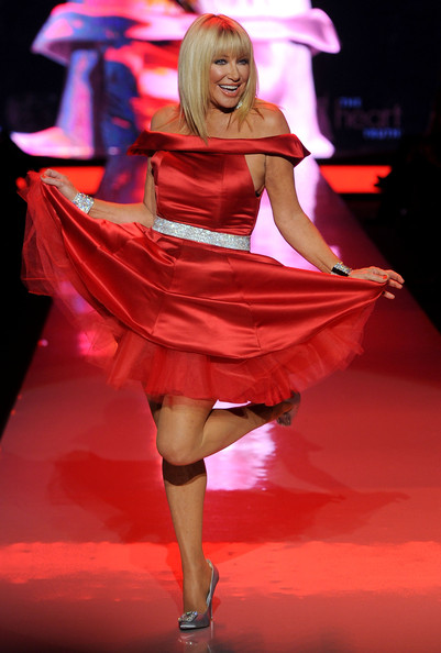 Suzanne Somers Heart Truth 2011