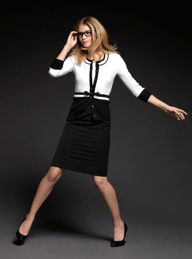 Stylish Essentials Get Work Chic At White House Black Market Stylemom