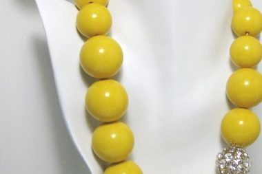 Trendenzas Yellow Sphere Necklace