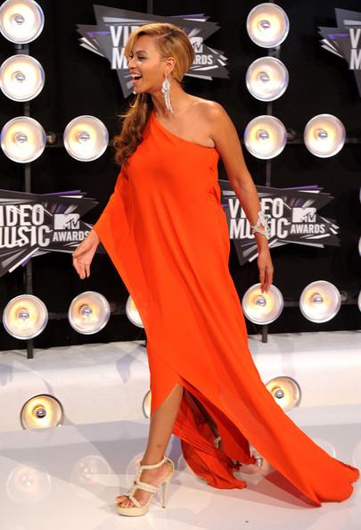 Beyonce Red Dress 2011 VMAs