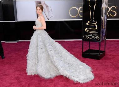 Amy Adams in Oscar de la Renta 2013 Oscars